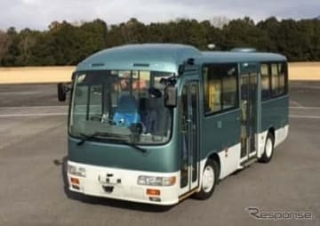 自動運転実験用バス