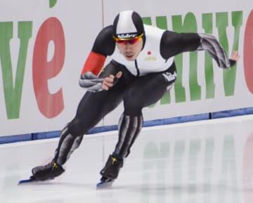 男子500メートルで2位になった羽賀亮平=トマショフマゾウィエツキ(共同)