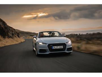 新型Audi TTシリーズの受注を、欧州で12月4日より開始し、同時に20周年記念限定車を発売する