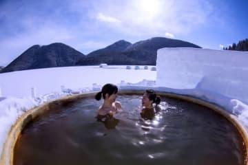 北海道には大自然に囲まれたワイルドな露天風呂がいっぱい! ここではタオル1本あれば誰でも入浴できる、温泉マニア垂涎! 6つの無料露天風呂を紹介します。