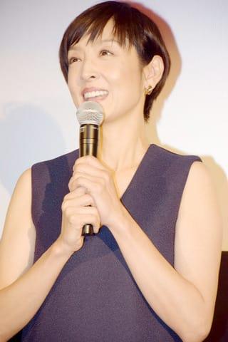 ドラマ「大恋愛~僕を忘れる君と」に出演している女優の草刈民代さん