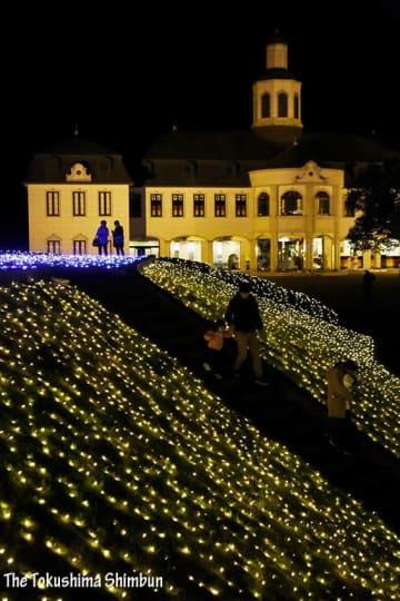 7万5000個のLED幻想的 徳島県鳴門市ドイツ館