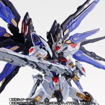 「METAL BUILD ストライクフリーダムガンダム SOUL BLUE Ver.」27,000円(税込)(C)創通・サンライズ