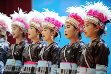 トン族大歌でトン年を祝う 貴州省黎平県