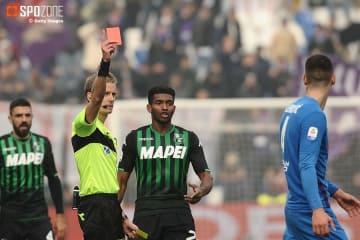 サッスオーロ対フィオレンティーナは退場者続出の荒れた試合に