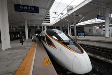 開通間近の杭黄鉄道で「復興号」の試運転始まる