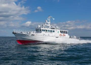 11月に完成した青森県の漁業取締船「はやかぜ」(県提供)