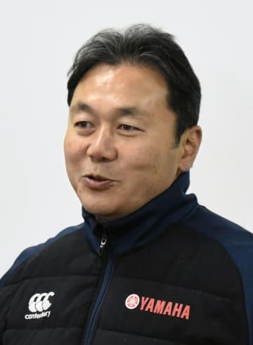 今季限りで退任することを明らかにしたヤマハ発動機の清宮克幸監督=11日、静岡県磐田市