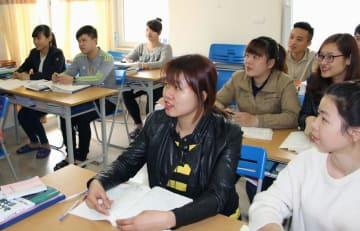 ハノイの日本語学校の様子=2016年3月