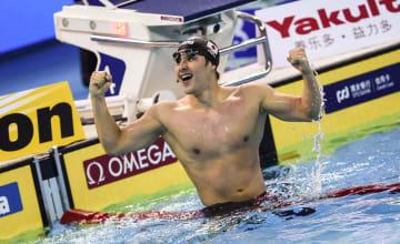日本の瀬戸大也、競泳世界短水路で世界新 200バタで優勝
