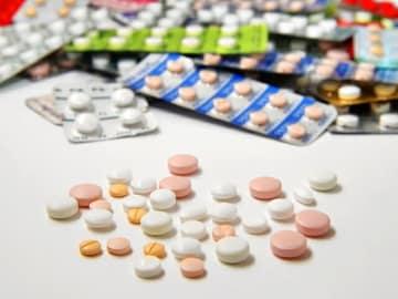 富士経済が中枢神経薬品市場の調査結果を公表。ADHD治療剤に伸が見られるものの認知症治療剤などでジェネリックへの切り替えが進み縮小と予測。今年の市場は6866億円、前年比98%の見込み。