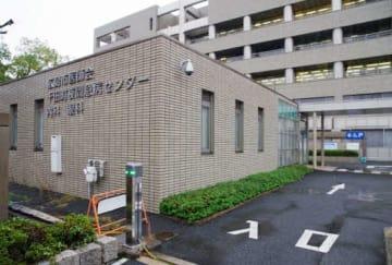 増築工事の着工が遅れている千田町夜間急病センター。整形外科・外科の診察室は進入路(右下)付近にできる