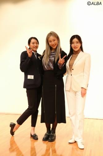 合同セミナーに参加したアン・シネ(右) 左は三浦桃香、中央はユ・ヒョンジュ(撮影:ALBA)
