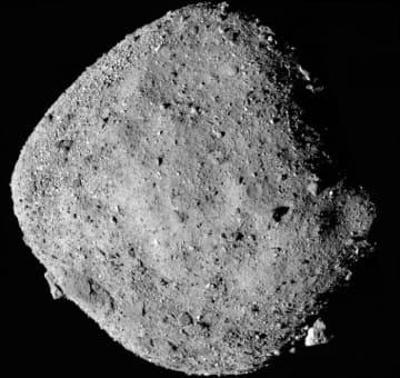 オシリス・レックスによって2日に撮影された小惑星ベンヌ(c) NASA/Goddard/University of Arizona