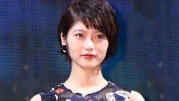ニュースサービス「LINE NEWS」のイベント「NEWS AWARDS 2018」に登場した若月佑美さん