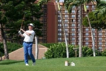 ソフトBのV旅行ゴルフ、中田が選手トップ コンペに28人参加