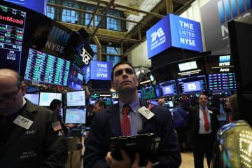 12日のニューヨーク証券取引所(ゲッティ=共同)
