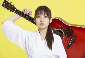 阿部真央、10周年ウィークの1月23日発売のベストアルバム「阿部真央ベスト」のビジュアル公開!新曲のタイトルも決定!