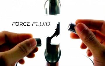 NASAが開発した磁性流体を使った玩具。変幻自在の動きは見ていて飽きない(写真:きびだんごの発表資料より)