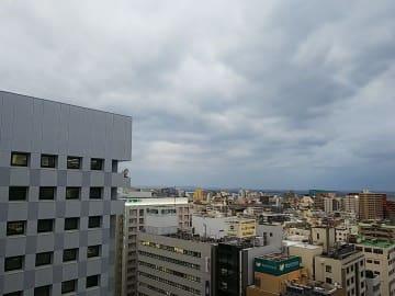沖縄も冬らしく肌寒い日が続いています