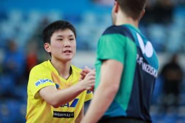 【卓球】張本智和が初戦快勝 14日、表彰台かけて韓国選手と<ワールドツアー・グランドファイナル>