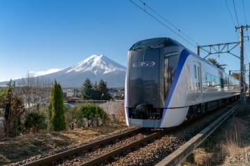 中央線直通特急「富士回遊(FUJI EXCURSION)」運行開始!来年3月