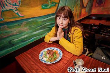 カレーをこよなく愛するモデル・村田倫子が魅力を紹介!