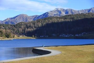 国際山岳デーを迎えて スイス·アルプス山脈
