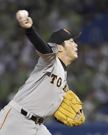 Baseball: Ex-Red Sox closer Uehara, Yomiuri agree on new contract