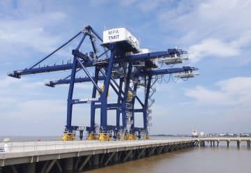 ミャンマーのティラワ港で建設された多目的ターミナル=14日(共同)