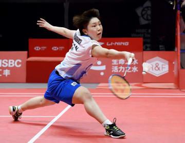 バドミントンのワールドツアー(WT)ファイナル・女子シングルス1次リーグ 台湾選手と対戦する山口茜=12月14日、中国・広州