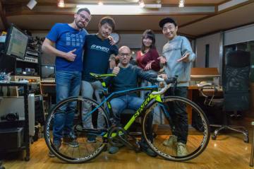 左から、ヴァンソン・クロシャーさん、岡田浩太さん、ジョアニー・デルマスさん、JULIEさん(通訳)、野島