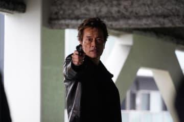 連続ドラマ「ドロ刑 警視庁捜査三課」最終話のシーン=日本テレビ提供
