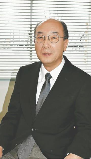 [さとう・しずか]東北大大学院情報科学研究科修了。宮城県職員、宮城教育大助教授などを経て2005年同大教授。専門は臨床心理学。62歳。仙台市出身。