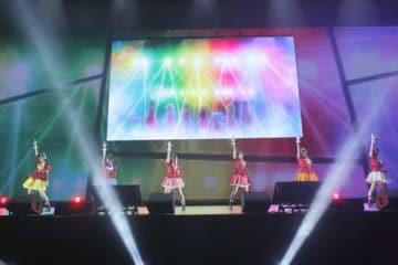 幕張メッセで開催中の「CygamesFes2018」で行われたアニメ「ゾンビランドサガ」のイベントの様子