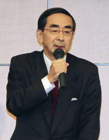 自民党福井県連の定期大会で、支援を呼び掛ける西川一誠氏=15日午後、福井市