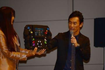 恒例のファン交流イベントを開催した佐藤琢磨「インディに革命を起こしたエンジニアがチームに」と来季に期待