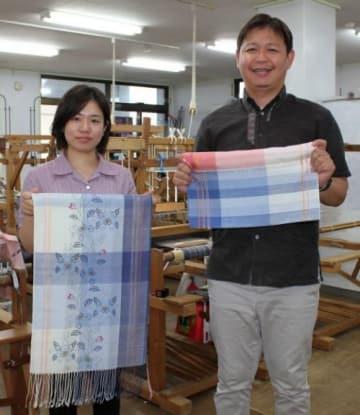 知花花織と紅型コラボ 共同でショール制作 沖縄市