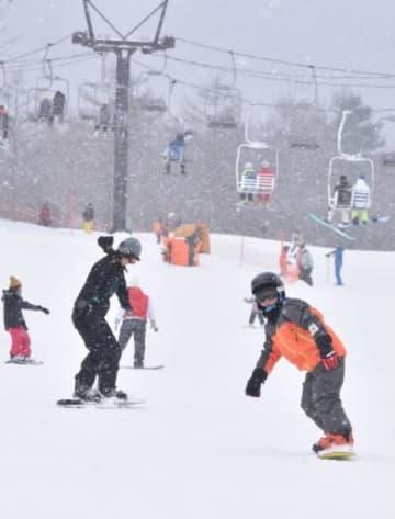 草津温泉スキー場 滑り出し 上々