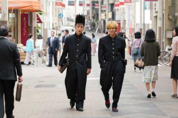 連続ドラマ「今日から俺は!!」最終話の一場面=日本テレビ提供