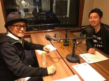 菊池武夫さん(左)、高須光聖