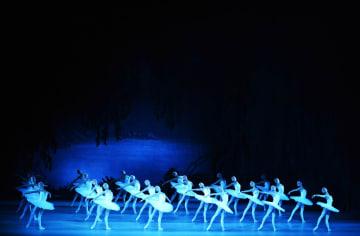 マリインスキー·バレエ、「白鳥の湖」を披露 天津