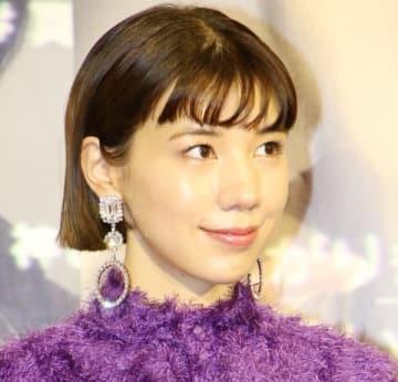 NHKのドラマ「炎上弁護人」の会見に登場した仲里依紗さん