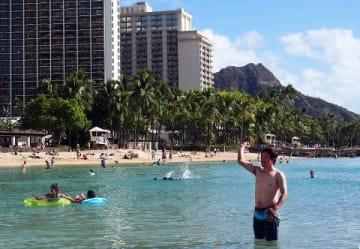 ソフトB内川、ハワイから逆襲 「アイドリング」居残りトレ
