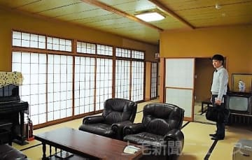 築40年の民家を改修した宿泊施設「甘楽亭」=甘楽町小幡