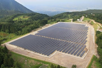 Japan among foreign investors betting on India's green energy push