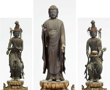 行快作と分かった「阿弥陀三尊像」(京都・聞名寺蔵)