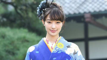 晴れ着撮影会に出席した宮本茉由さん