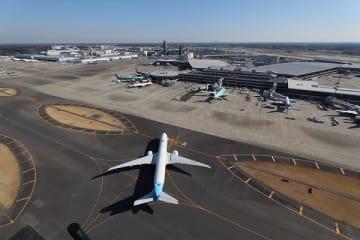 年間4千万人を超える旅客が利用する成田国際空港では、「エコ・エアポート計画」を進めている(写真提供:成田国際空港)