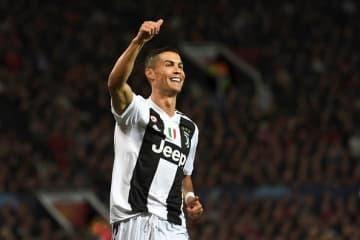 ユーヴェ移籍1年目からゴールを量産。イタリアでも圧巻のパフォーマンスを披露するロナウド photo/Getty Images